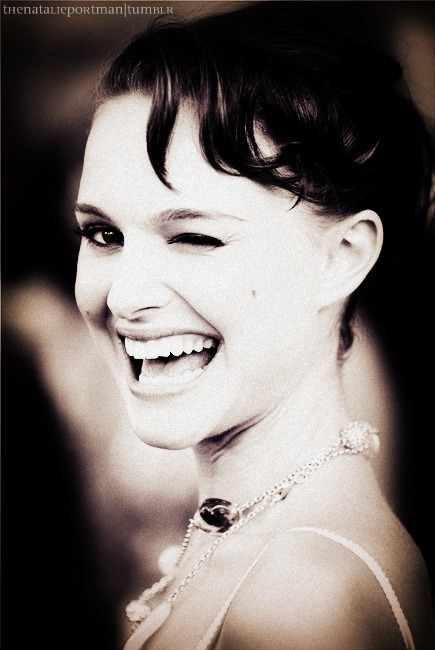 actress, beautiful, fashion, jewelry, natalie portman, pretty, vintage, wink