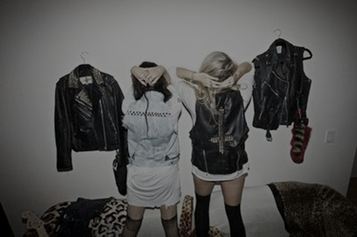 cute, dark, fashion, friends, girl
