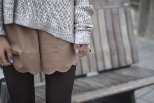 amazing, beautiful, bench, blue, brown, fashion, girl, grey, heart, knit, legs, light, love, nail polish, nailpolish, nails, over sized, over-sized, oversized, photography, pretty, shorts, style, sweater, tights, vintage, winter