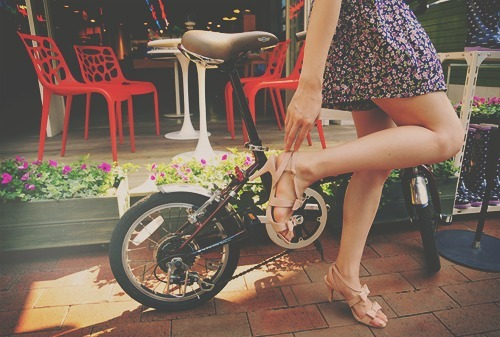 bike, fashion, floral, flowers, hair