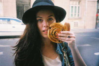 candid, city, cute, denim, fashion, girl, hat, jacket, jeans, model, pretty, ring, style, summer, taylor warren