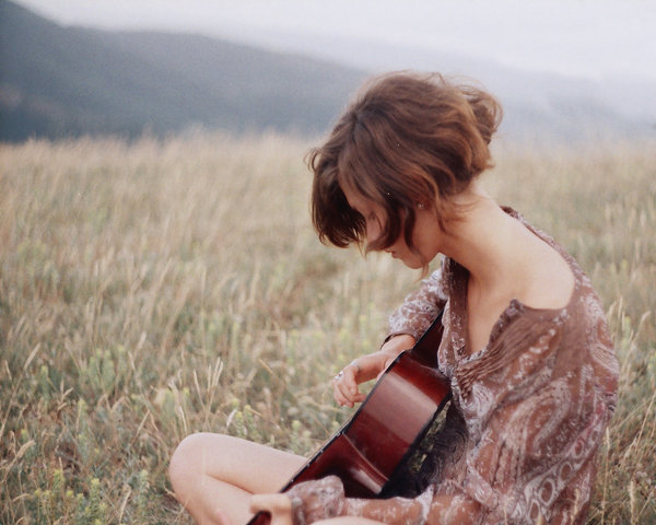 alone, beautiful, beautiful guitar, cute, girl