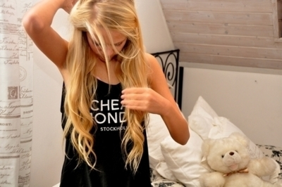anna edwin, bed, bedroom, blonde, cheap monday, fashion, girl, hair, model, photography, pretty, separate with comma, shirt, tanned, tee, teenager