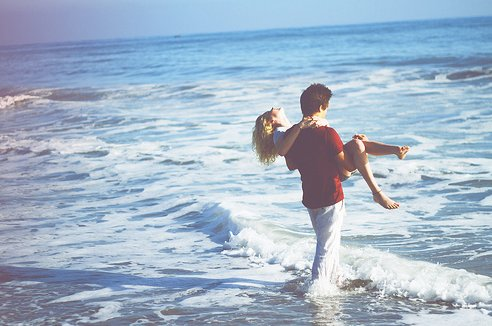 beach, couple, cute, girk, guy, love, photography, summer, sun, water, waves