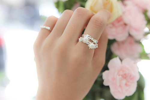 beautiful, cute, flowers, jewelry, light, photo, photography, pink, pretty, ring, rings, vintage, white