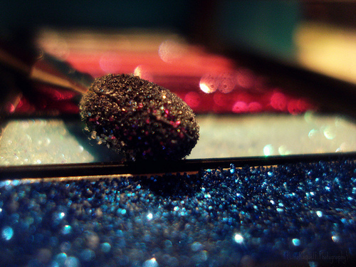 eyeshadow, glitter, glittery, make up