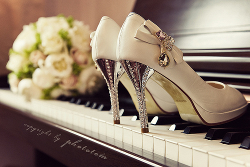 bow, heels, piano, pretty, shoes
