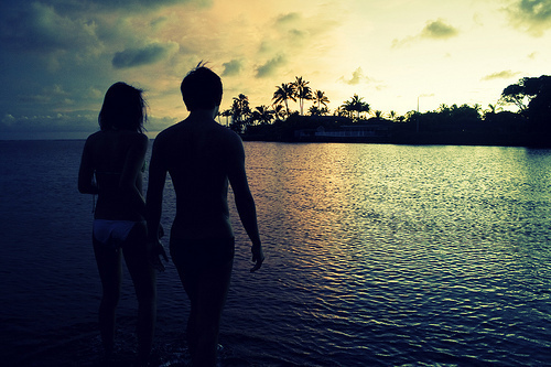 beach, beautiful, colorful, couple, house, love, natureza, ocean, photography, sea, skyline, summer, sun, tree, walk, water