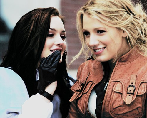 bests, black, blair, blonde, blooms, fashion, friends, gloves, gorgeous, gossip, gossip girl, jacket, pretty, serena