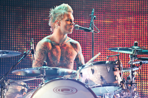 blond, body, boy, drummer, guy