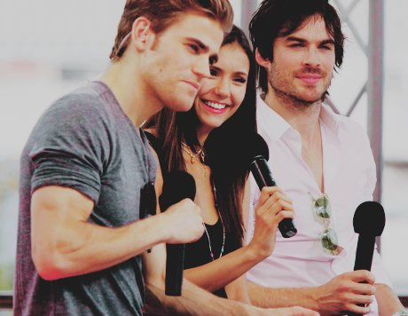adorable, dobrev, ian, ian somerhalder, love sucks, nina, nina dobrev, os diarios do vampiro, paul, paul wesley, somerhalder, the vampire diaries, vampire, wesley