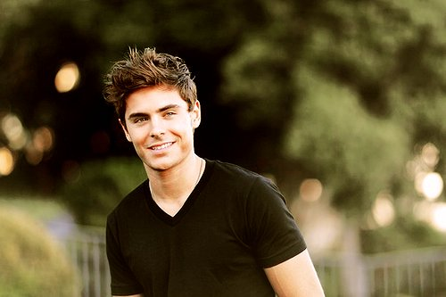 attractive, bokeh, damn, hot, sexy, smile, zac efron