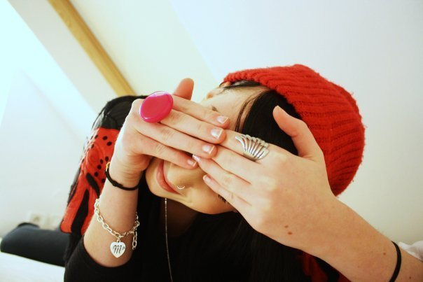 beanie, cue, fingers, girl, hands, light, pretty, red, red beanie, rings, sweet