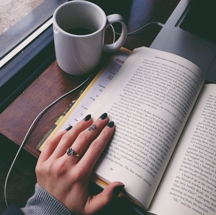 alone, amazing, autmn, beautiful, book, boy, coffee, cool, cup, december, fashion, girl, heart, hippie, hipster, laptop, love, music, nails, nice, outfit, photography, photos, read a book, reading, ring, tatto, tumblr, we♥it
