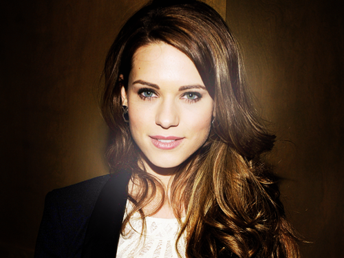 actress, alex, beaut, blazer, blonde, blue, brunette, curls, curly, eyes, fashion, girl, green, hair, hipster, long, lyndsy fonseca, nikita, perfect, pretty, smile, streaks, style, teeth, white, winsome, alendra, udinov