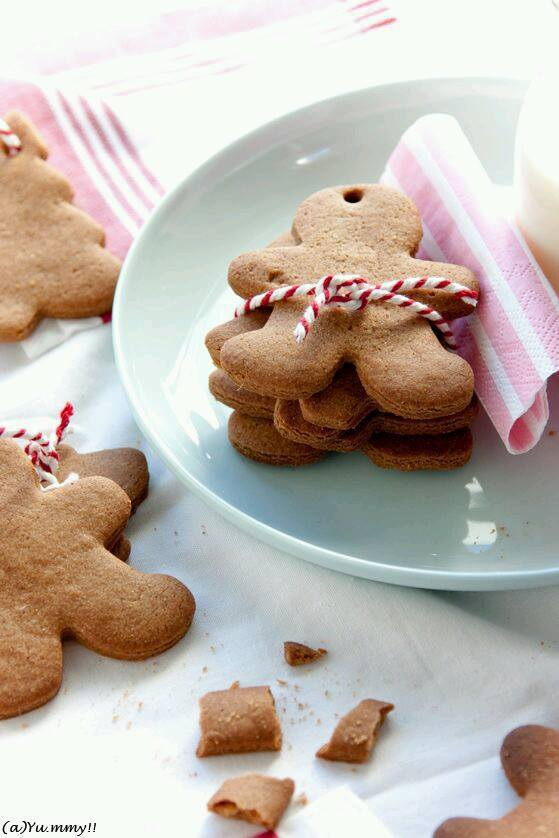 christmas, cookies, december and gingerbread