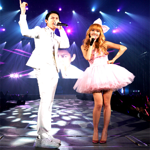 asian, blond, couple, heechul, jessica, korean, pink, poofy, princess, snsd, super junior