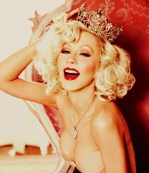 blonde, christina aguilera, crown, fashion, female, gorgeous, happy, heart, heart necklace, model, necklace, red, singer, smile, woman