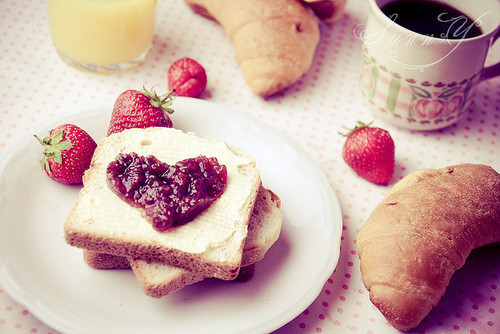 bread, breakfast, food, heart, strawberry