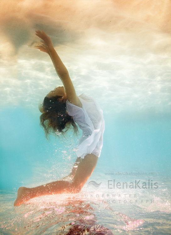 elena kalis, flight, girl, sea, underwater
