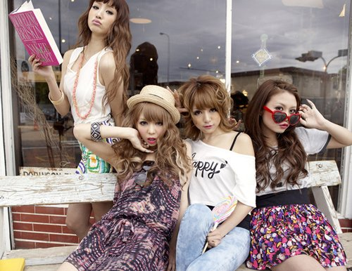 gyaru, japanese, japanese fashion