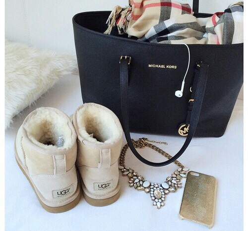 bag, beauty, boots, chanel, class, dior, elegant, fashion, girls, inspiration, iphone, jeans, jewel, love, makeup, michaelkors, pink, ugg
