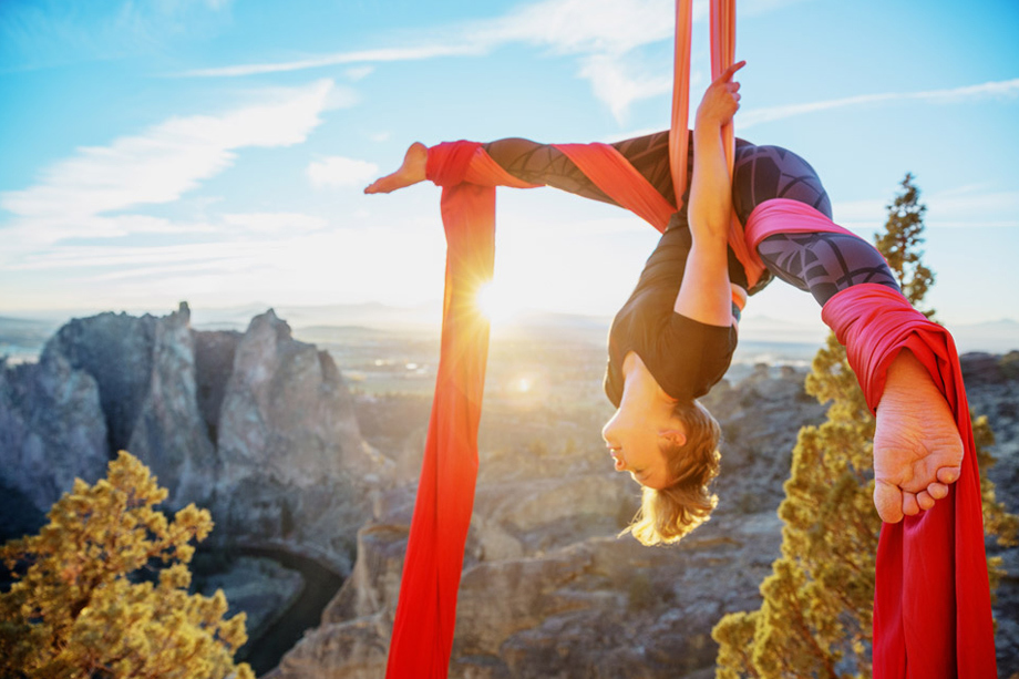 acrobat, aerial, canyon, invert, inverted, outdoors, silk, silks