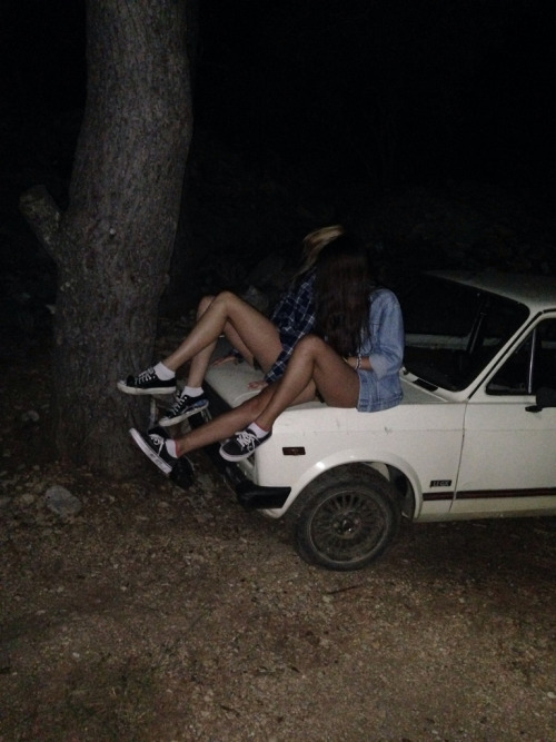 alternative, beauty, best friends, black, blonde, boho, brunette, car, converse, friendship, fun, girl, girls, hipster, indie, night, photography, vans, white
