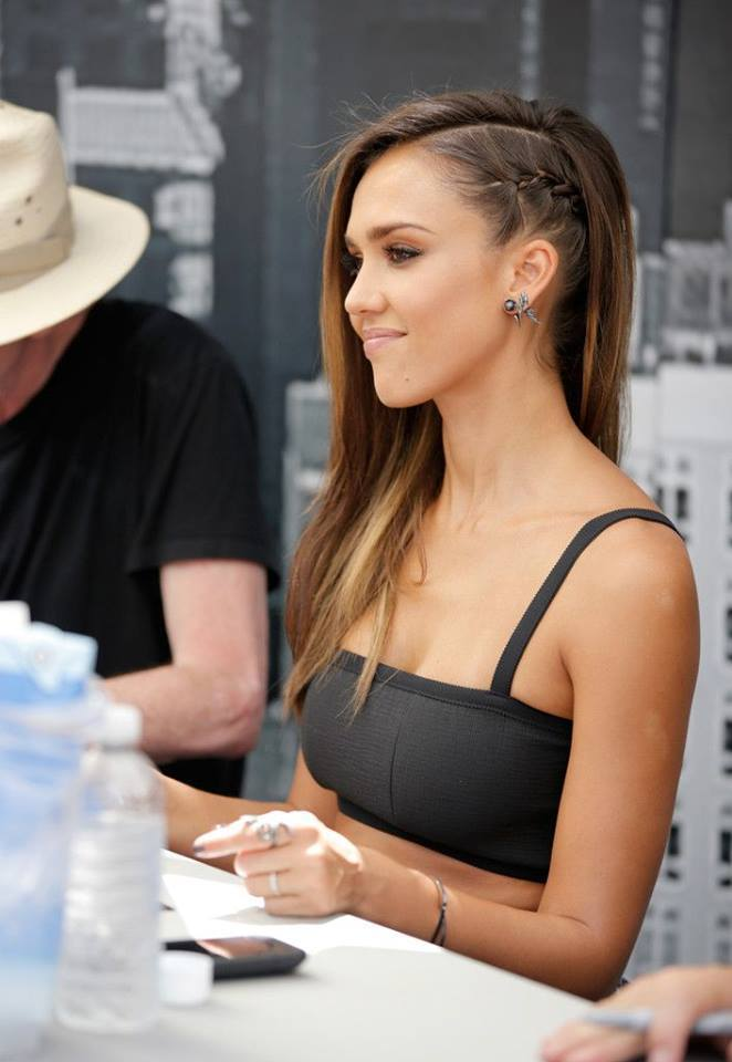 hair, hairstyle, jessica, jessica alba, outfit, style, top