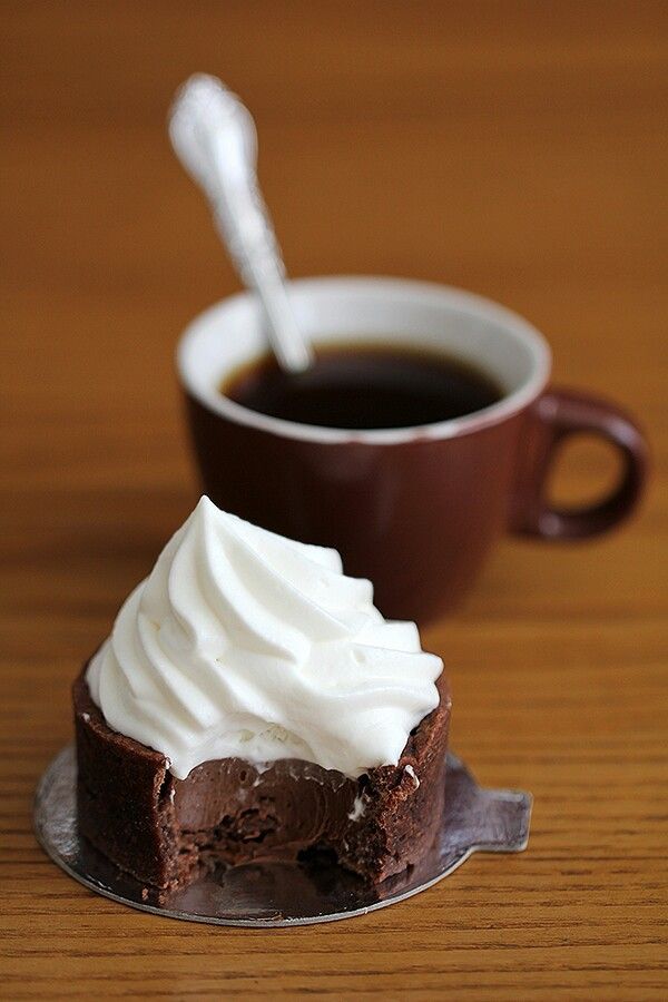 Chocolate Pudding Tartlets with Whipped Cream - image ...