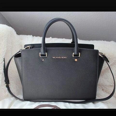 black and gray michael kors bag ya6d  black bag michael kors