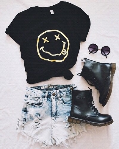 accessories, black, boats, clothe, emo, girl, glasses, jeans, nirvana, outfit, shorts, summer, teenager, tumblr