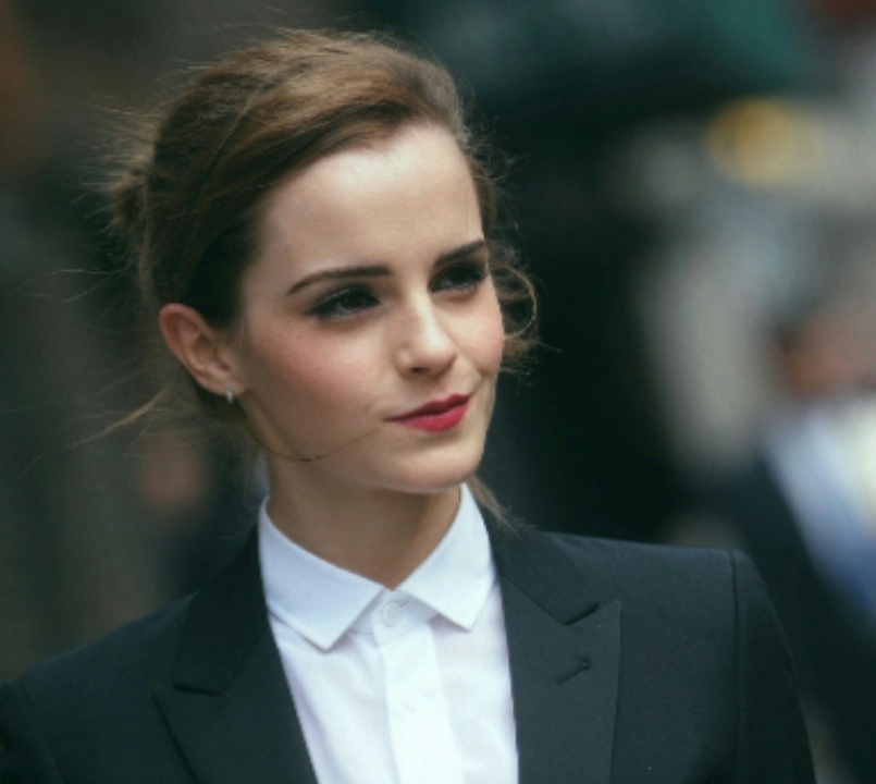 actrice, costume, emma watson, sourire, star