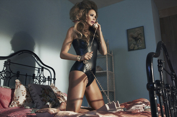 bed, bedroom, big hair, elle, phone
