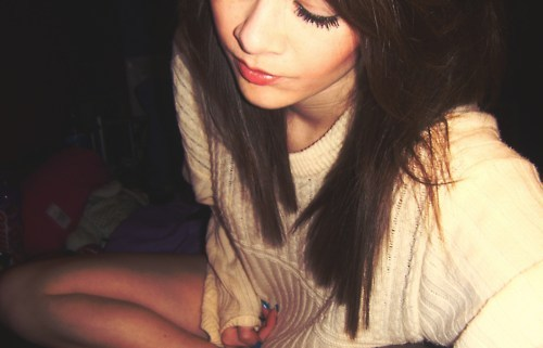 bed, brunette, cream, eyes, face, girl, hair, jumper, legs, mascara, pretty