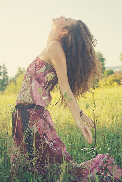 blonde, country, countryside, dark blonde, field, flowing, flowing dress, girl, grass, happy, hippie, hippie era, hippie girl, hippy, hippy girl, long grass, long hair, marinshe, maxi dress, nature, peace, photography, smile, smiling, style, summer