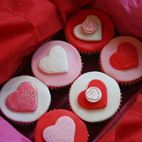 cupcakes, delicious, dessert, food, hearts, pink, red