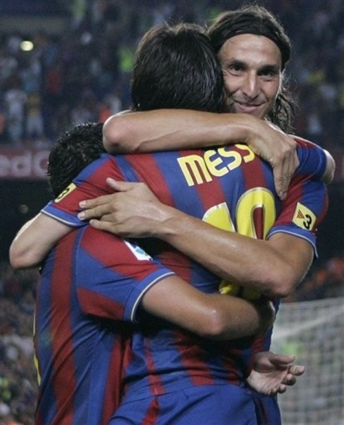 cute, fc barcelona, football, hug, lionel messi, messi, spain, sweden, xavi, zlatan, zlatan ibrahimovic
