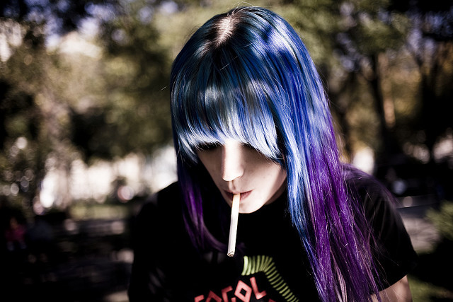 alternative, blue hair, cigatette, cute, died hair