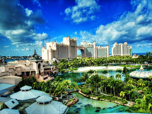 Atlantis bahamas beautiful hotel ocean image 193314 for Beautiful hotels