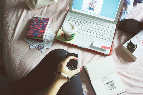 blackberry, books, drawer, macbook, notebook, showing off, starbucks, starbucls
