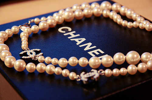 amazing, box, chanel, classy, jewllery, necklace, pearls, pretty