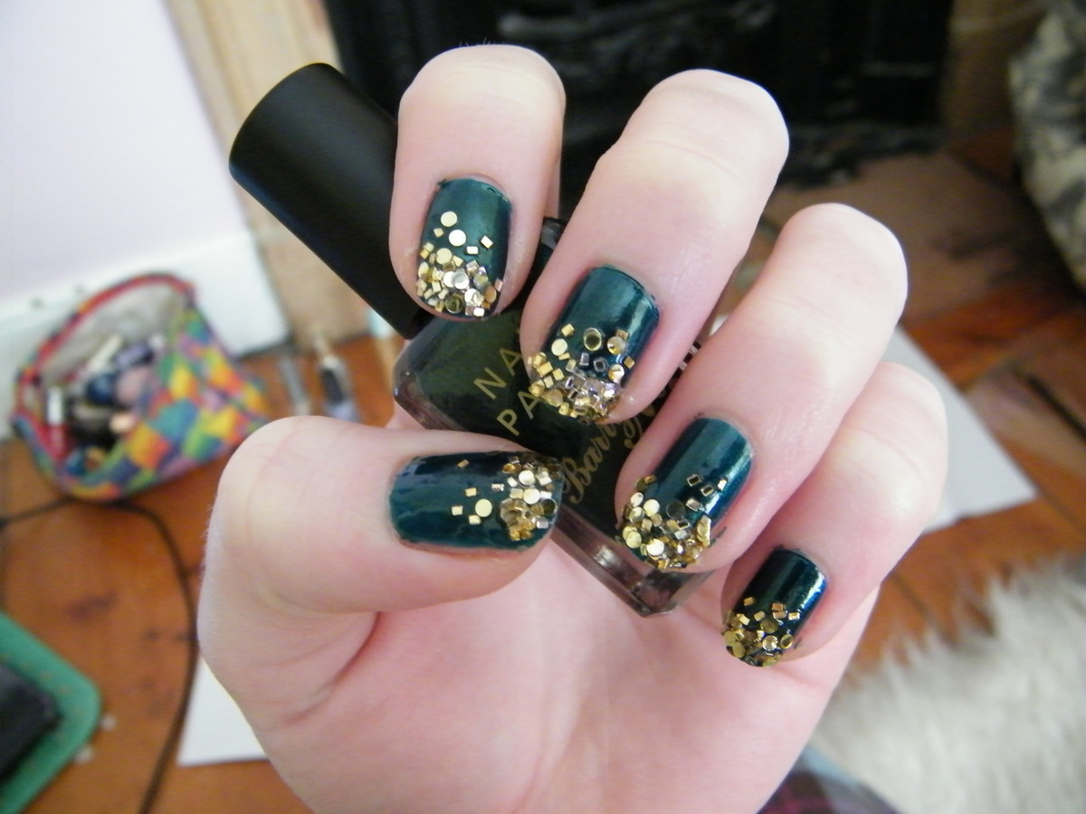 beauty, dark green, gold, nail, nail polish
