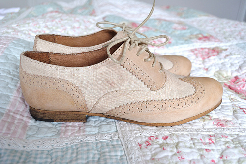 beige, beige shoes, fashion, floral, oxfords, pastel, shoes, vintage, vintage shoes