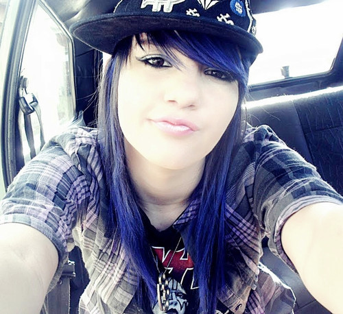 blue hair, cute, girl, kiss, mouth, neckless