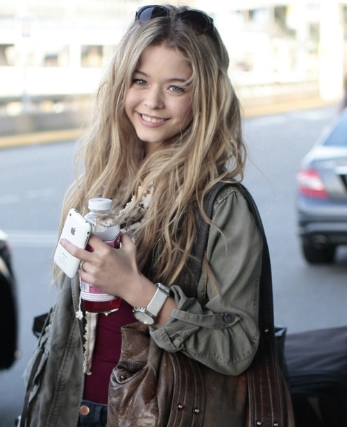 allison, blond, cute, fashion, freaking adorable, girl, pretty, pretty little liars, sasha pieterse, smile, style