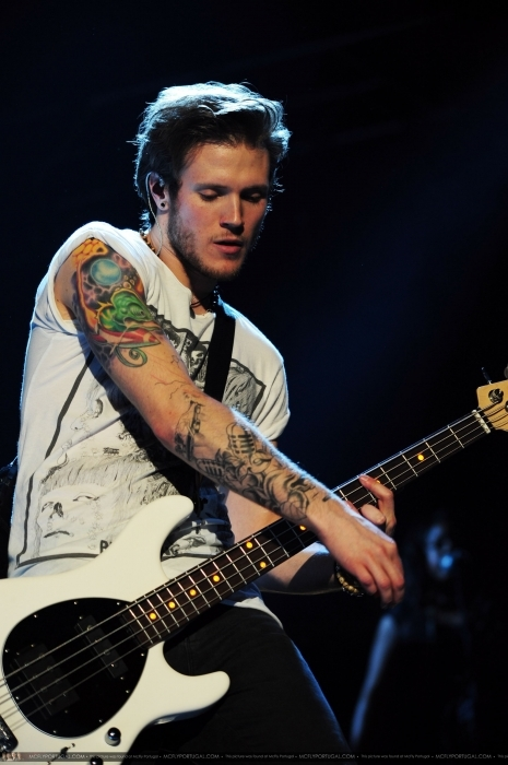 bass, beautiful, dougie, dougie poynter, mcfly, tattoo