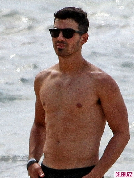 beach, boy, hot, joe jonas, joe jonas shirtless, sexy, sunglasses