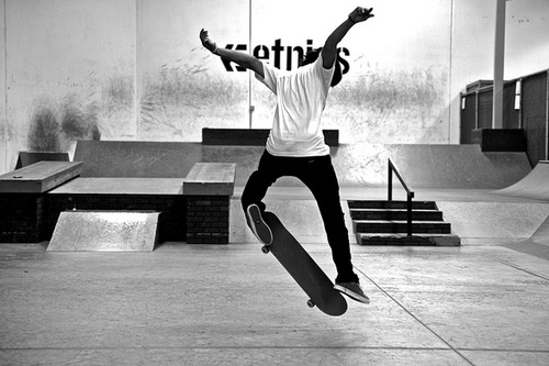 black and white, boy, skate, skateboard - image #201483 on ...