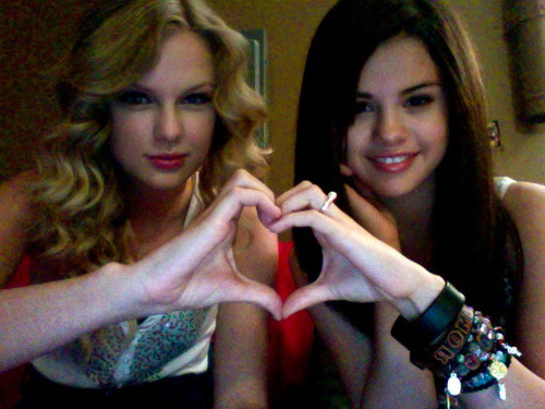 cute, friends, love, selena gomez, taylor swift